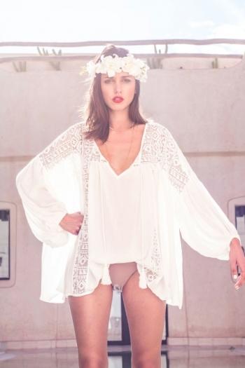 blouse-boheme-loose-crochet-blanche